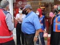 Yozgat'ta sağlık ekipleri esnafa iş yerinde aşı uyguladı