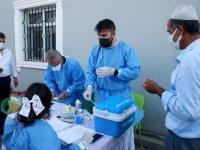 Bitlis'te sağlık ekipleri aşılama çalışmalarını sürdürüyor