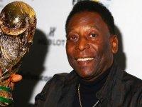 Brezilyalı efsane futbolcu Pele ameliyat edildi