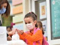 Yeni Eğitim Döneminde Pandemiyle Mücadelede Aşı Şart !