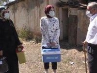 """Aşı timleri Muş'un """"mavi"""" kategoriye geçmesi için mahalle ve köyleri dolaşıyor"""