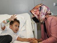 """""""En ağır"""" kalp hastalığıyla doğdu, 3 yılda 3 ameliyatla hayata tutundu"""