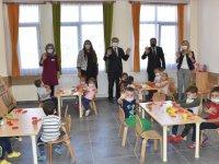 Okullarda alınan Kovid-19 tedbirleri anlatıldı