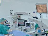 Trabzon'da yüzde 90 görme kaybı olan hasta yeni teknolojik yöntemle sağlığına kavuştu