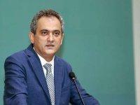 """Milli Eğitim Bakanı Özer: """"Toplumda şu anda en güvenli yerler okullar"""""""