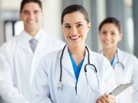 Hekimlerin Yüzde 68'i Hastalarıyla Yeterli İlgilenilmediğini Düşünüyor