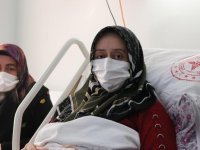 Kocaeli'de Kovid-19 nedeniyle erken doğum yapan kadından aşı çağrısı