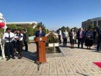 """Özbekistan'da Sağlık Bilimleri Üniversitesi İbni Sina Tıp Fakültesi """"Beyaz Önlük Töreni"""" düzenledi"""