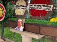 Zonguldak'ta Kovid-19'dan hayatını kaybeden öğretim üyesi son yolculuğuna uğurlandı
