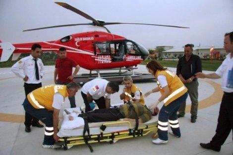 havada-can-kurtariyorlar-iha-20110907ay461209-1-t.jpg