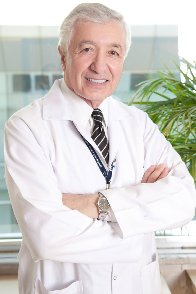 prof.-dr.-munci-kalayoglu.jpg