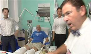 Başbakan'a fırça atan doktor kovuldu mu?